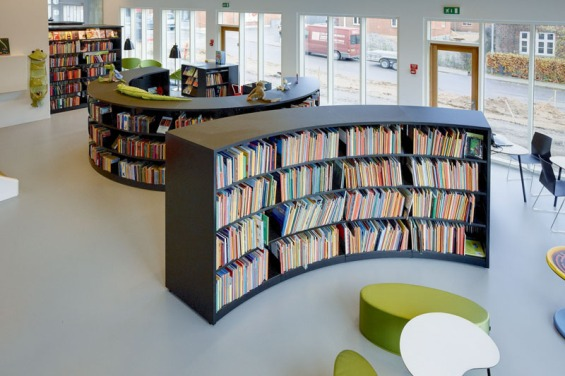 BCI-Radius-Shelving-with-London-End-Panels